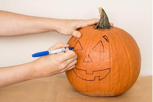 Cách vẽ bí ngô Halloween