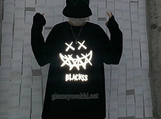 Áo phông đen Halloween