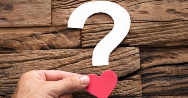 những câu hỏi xoáy đáp xoay về tình yêu