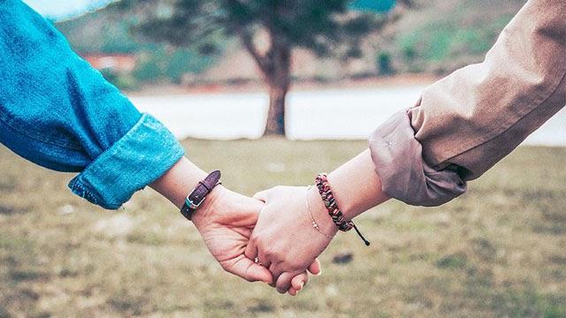 Những câu hỏi tình yêu để 2 người gần nhau hơn